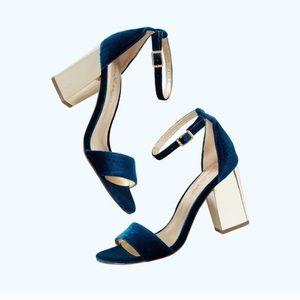 Lilly Pulitzer Amber Lynn velvet gold block heels